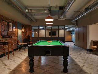 IQ Studios 51